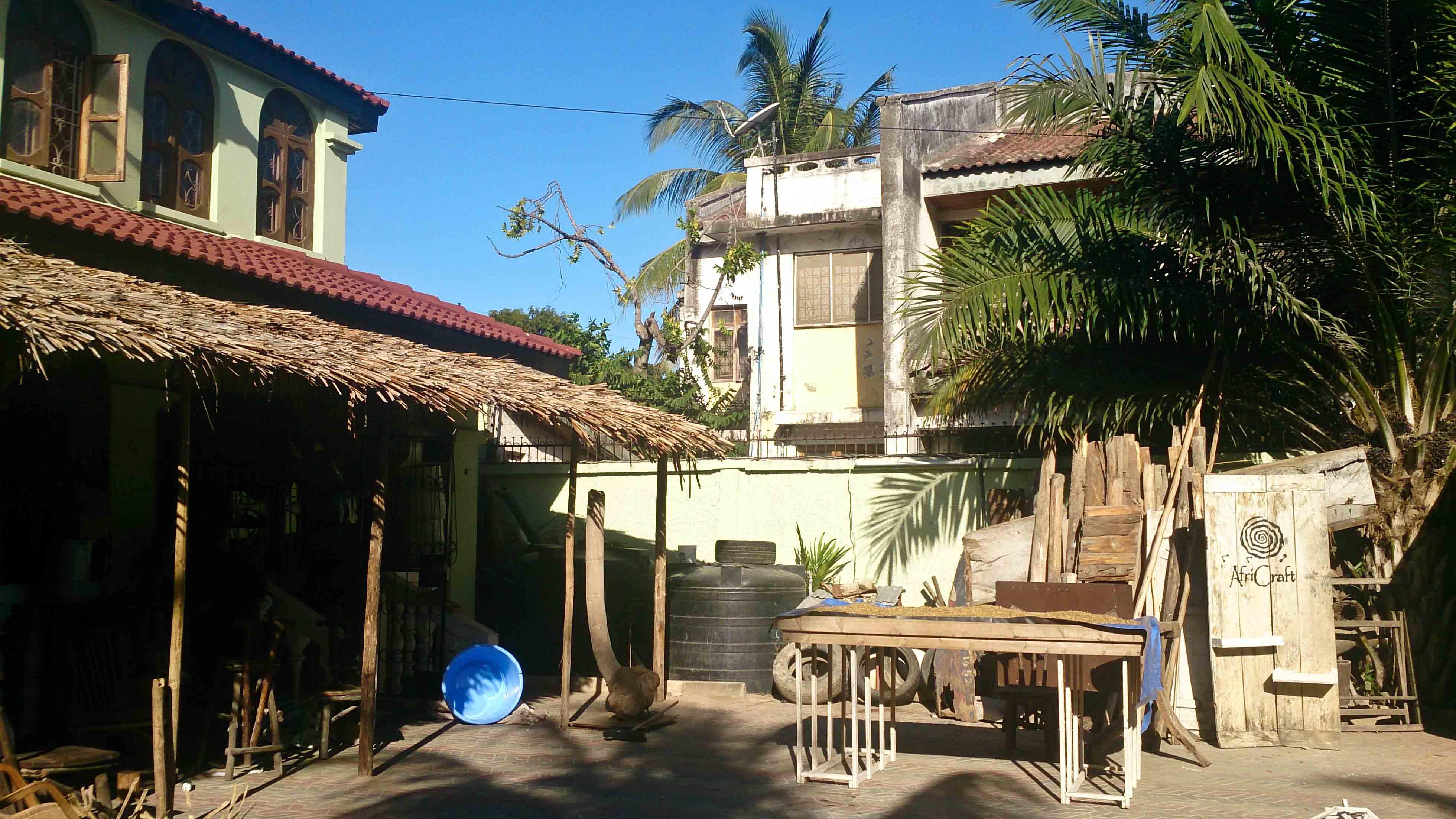 Africraft front yard